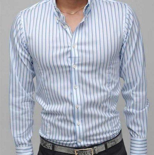 camisa casual blanca lineas azules rayas